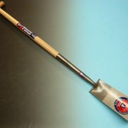 Spear en Jackson Spade (kabel) type 1044TRD met opstap + steel.